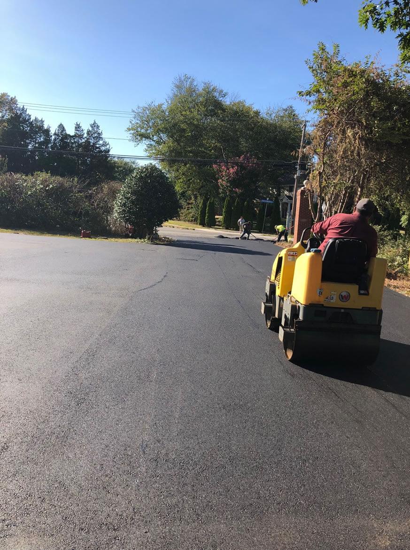 Asphalt Paving Installer